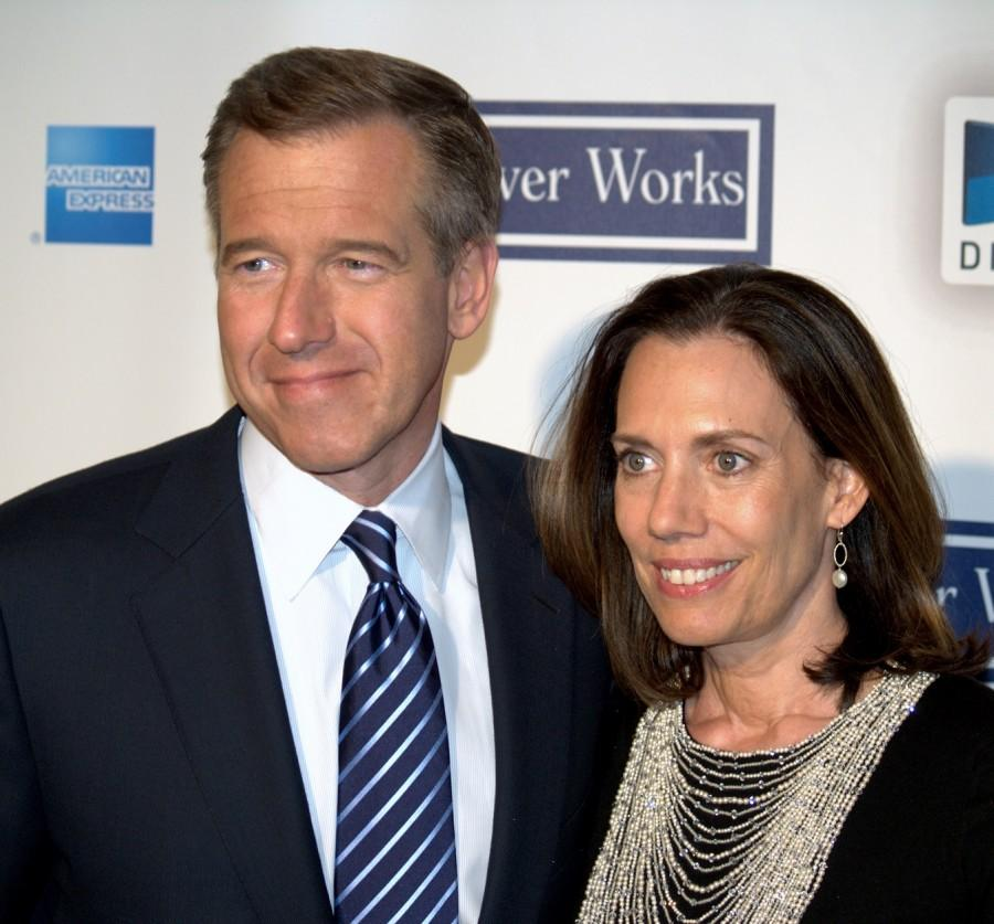 Brian+Williams+and+his+wife%2C+Jane%2C+in+2009.+Mr.+Williams+faces+intense+criticism+for+statements+about+his+experiences+in+Iraq+in+2003.