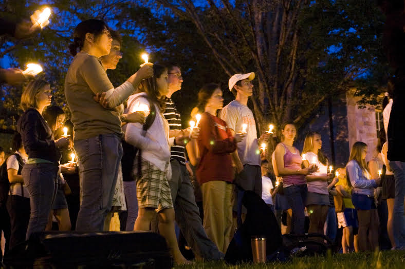 There+were+a+number+of+candlelight+vigils+across+the+country+after+America%27s+most+lethal+mass+shooting%2C+at+Virginia+Tech+University+in+2007.